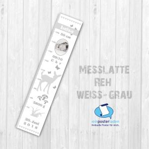 selbstklebende Kindermesslatte Foto | Reh - weiß grau | Wandtattoo Messlatte personalisiert mit Geburtsdaten & Foto vom Baby