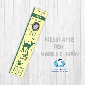 selbstklebende Kindermesslatte Foto | Reh - vanille grün | Wandtattoo Messlatte personalisiert mit Geburtsdaten & Foto vom Baby