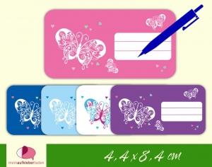 12 Heftaufkleber 4,4 x 8,4 cm | Schmetterlinge mit Herzchen | Schuletiketten zum selber beschriften  - Handarbeit kaufen