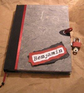 Tagebuch mit Schloss in Naturpapier Anthrazit und personalisiert