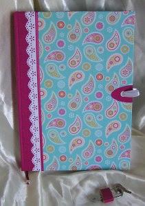 Abschließbares Tagebuch mit Schloss  Paisley