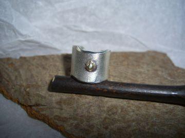 Ohrklemme Ear Cuff  - Silber mit kleiner Goldkugel