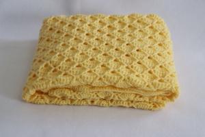 Babydecke zum Kuscheln, mit aufwendigem Muster gehäkelt, gelb,Schmusedecke, weiche Tagesdecke für Babys - Handarbeit kaufen