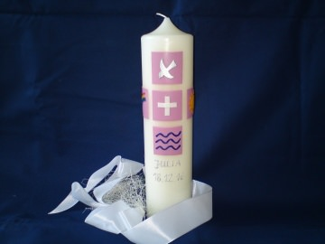 Taufkerze, verziert mit christlichen Symbolen - Handarbeit kaufen