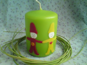 Grüne Geburtstagskerze mit zwei Wichteln - für Zwillinge geeignet - Handarbeit kaufen