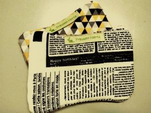 Set Spülschwamm Spültuch Putzschwamm schwarz weiß grau Zeitung Grafik - Handarbeit kaufen