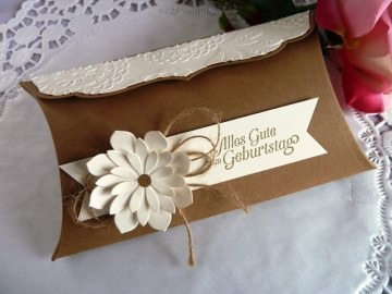 Große Pillowbox / Verpackung zum Geburtstag