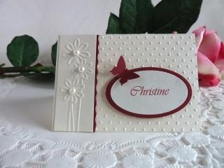 Tischkarte/Platzkarte zur Hochzeit in weinrot/perlweiß mit Namen *von IdeenOase* - Handarbeit kaufen