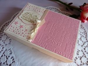 Babybody mit Aufdruck  funkelniegelnagelneu  in der Schachtel/Taufgeschenk für ein Mädchen *von IdeenOase* - Handarbeit kaufen