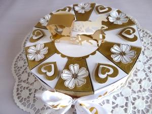 ♥Schachteltorte in weiß/gold , 23cm/zur goldenen Hochzeit♥ - Handarbeit kaufen