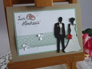 Edle Hochzeitskarte mit Brautpaar und Spitze, Perlen und Blüten - Handarbeit kaufen