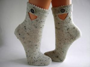 Socken fürs Oktoberfest in Gr. 38/39, Landhausstil, Trachtenmode, Trachtensocken, handgestrickt - Handarbeit kaufen