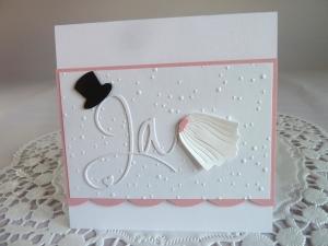 Edle Hochzeitskarte in weiß/rosa mit Prägung, Ja-Schriftzug, Zylinder und Schleier - Handarbeit kaufen