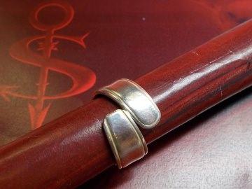 Besteckschmuck Ring ♥  Classique Ring aus einem Löffel Größe 58 Stielende  - Handarbeit kaufen