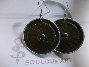 Ohrhänger ♥ Lamelle khaki oliv Schraube Nespresso - Kapsel Schmuck upcycling - Handarbeit kaufen