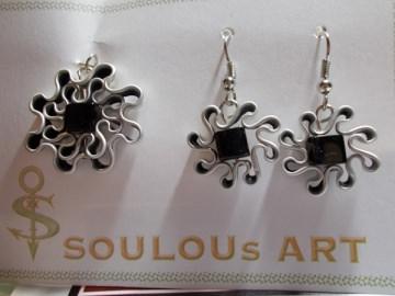 Set Anhänger und Ohrhänger ♥ Blüte schwarz Glas Quarree silber Nespresso - Kapsel Schmuck upcycling - Handarbeit kaufen