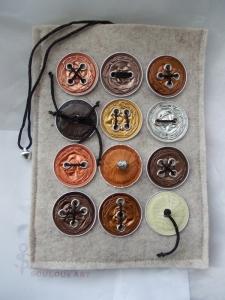 Hülle Case Etui Tasche für E-Book-Reader aus Filz und Nespresso-Kapseln-Knöpfen  ♥ *naturecap* beige - Handarbeit kaufen