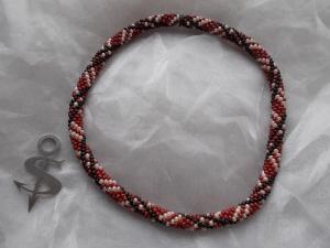 Halskette  Perlenkette Glasperlen Rocailles ♥ Kariert bordeaux perlmut schwarz - Handarbeit kaufen