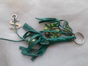 Schlüsselanhänger Schmuckanhänger Schlüsselring echt Leder ♥ Pretty Pearls grün - Handarbeit kaufen