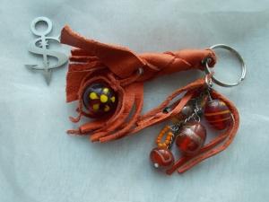 Schlüsselanhänger Schmuckanhänger Schlüsselring echt Leder ♥ Pretty Pearls orange - Handarbeit kaufen