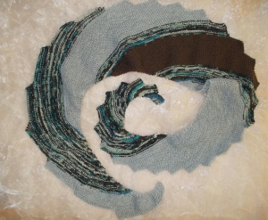 DRACHENSCHWANZ Schal  ♥ wunderschöner Strickschal *Drachenschwanz grau* Handarbeit Unikat gestrickt