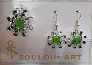 Set Anhänger und Ohrhänger ♥ Blüte grün maigrün Glas Quarree silber Nespresso - Kapsel Schmuck upcycling  - Handarbeit kaufen