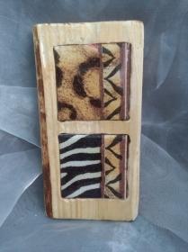 Holzbild mit Fliese   ♥  * Animal *  aus  Palettenholz und handgefertigter Fliese Animalprint