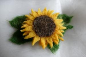 Haarspange gefilzt ♥ Haarspange Sonnenblume Haarschmuck - Handarbeit kaufen