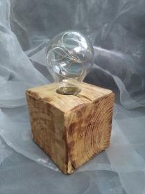 Tischlampe Dekolampe Glühbirme  Lampe ♥  *Glühlampe Wood* aus einem Palettenklotz und alten Glübirne mit LEDs - Handarbeit kaufen