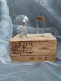 Tischlampe Dekolampe Glühbirme  Lampe ♥  *Glühlampe PILLEPAL* aus einem Palettenklotz + alten Glübirne mit LEDs + Gläschen mit Naturkorken - Handarbeit kaufen