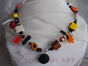 *COLORADO* ♥ Kette aus handgefertigten Polymer Clay Perlen in Form von Lakritz Konfekt
