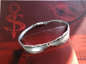 Besteckschmuck Armband Armreif mit Magnet ♥ Tender - Handarbeit kaufen