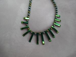 Halskette Perlenkette Collier Edelstein ♥ HÄMATIT *CLEOPATRA RAINBOW* grün metallic mit Farbverlauf - Handarbeit kaufen