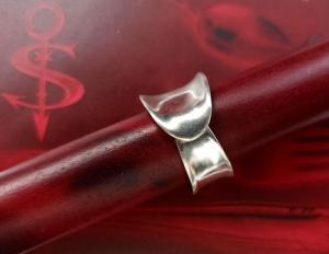 Besteckschmuck Ring ♥  *Nobel* Ring  aus einem Teil der Hummergabel Größe 56 - Handarbeit kaufen