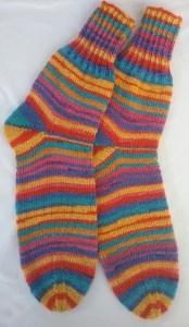 Gr. 40/41: Farbenfrohe handgestrickte Socken bestellen
