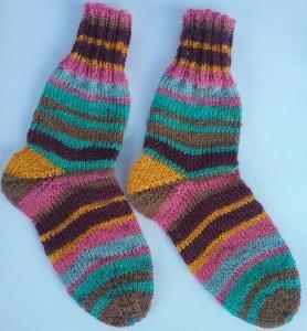 Gr. 22/23: Farbenfrohe handgestrickte Socken bestellen (Kopie id: 48840) (Kopie id: 48857)