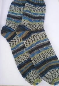 Gr. 44/45: Kuschelige Socken von Hand gestrickt aus Regia-Wolle bestellen (Kopie id: 46472) (Kopie id: 100007502)