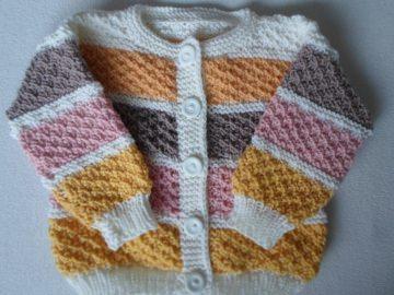 Gr.62/68 Babysommerjäckchen in typischen Mädchenfarben gestreift - Handarbeit kaufen