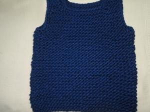 Gr.104/110 Pullunder in der Farbe royalblau grobstrick kraus rechts handgearbeitet - Handarbeit kaufen