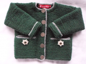 Gr.74/80 Strickjacke im Trachtenstil in grün mit grauem Rand, kraus rechts handgestrickt - Handarbeit kaufen