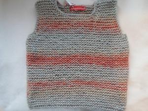 Gr.116/122 Pullunder in grau/rostrot aus kuschelig weicher reiner Baumwolle kraus rechts handgestrickt - Handarbeit kaufen