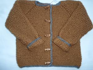 Gr. 98/104 Strickjacke aus dicker, kuschelig weicher Wolle kraus rechts handgestrickt - Handarbeit kaufen