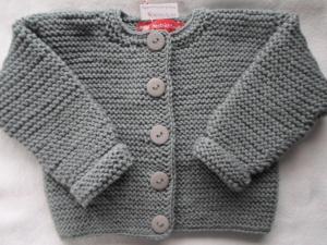 Gr.74/80 Strickjacke fürs Baby in mausgrau aus reiner Schurwolle kraus rechts handgestrickt - Handarbeit kaufen
