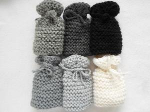 Eierwärmer im Sechserset in Grautönen wie in Omas Zeiten aus Wolle handgestrickt - Handarbeit kaufen
