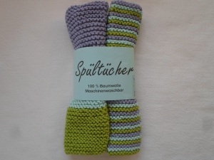 Spültücher im Zweierpack gestreift in den Farben helllila mint und grün aus reiner Baumwolle kraus rechts handgestrickt