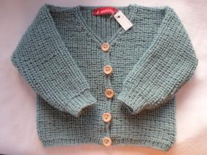 Gr.74/80 Kinderstrickjacke mit V-Ausschnitt in mint/hellpetrol aus strapazierfähiger Wolle im Halbpatentmuster handgestrickt - Handarbeit kaufen