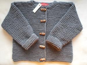 Gr.98/104 Kinderstrickjacke in jeansblau aus Winterbaumwolle kraus rechts handgestrickt - Handarbeit kaufen