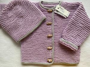 Gr.62/68 Babyjacke mit passendem Mützchen in rosa mit hellgrauem Rand aus reiner, hautfreundlicher Baumwolle kraus rechts handgestrickt - Handarbeit kaufen