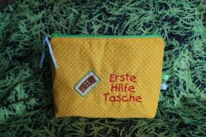 Erste Hilfe Tasche mit Stickerei