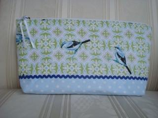 Windeltasche genäht aus Baumwollstoff  in grün/hellblau mit Vögeln ☆ von patchwerk ☆